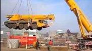 500t hebt 160t auf Ponton / Crane carries crane Teil 1