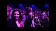 Justin Bieber танцува на песента на Selena Gomez