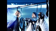 Lil' Wayne, Eminem, Drake & Travis Barker - Grammy Peformance Hd