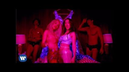 Адски страхотна! Charli Xcx - Doing It ft.rita Ora [official Video]