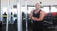 Victor Martinez показва упражнения за трицепс - 2013