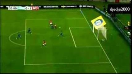 Бербатов с пълни 90 минути и асистенция в първия мач на Юнайтед