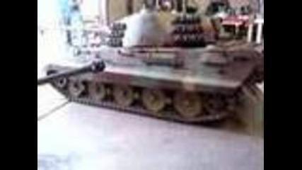 излойба на мини танкова