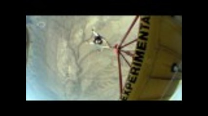Беър Грилс-полита от самолет
