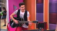 Federico y Elena cantan Veo Veo