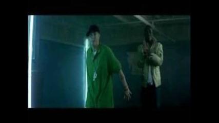 Akon - Smack That ft. Eminem.flv