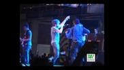 Juanes пее на фестивал