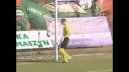 Funny Own Goal !