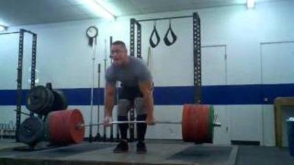 John Cena вдига тежест150 кг