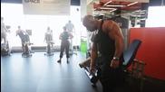 Victor Martinez показва упражнения за крака - 2013