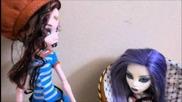 "Monster High short film - ""dracuella"" (part 1)"
