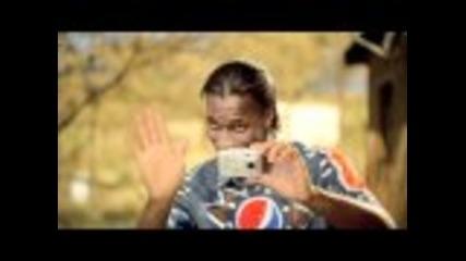 Kaka vs Drogba-funny Pepsi Commercial