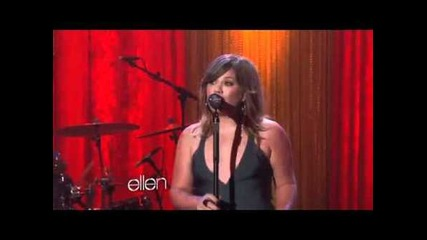 Kelly Clarkson Performs Mr. Know It All on Ellen