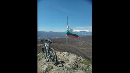 Спускане от в. Половрак / Descent from Polovrak (bg)