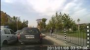 Така шофират полицаите в София...