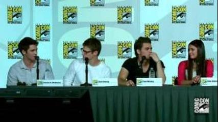 Дневниците на Вампир -comic Con 2012 Сезон 4