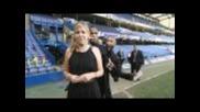 Футболистите на Челси се шегуват с репортер