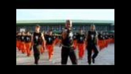 синхрон- филипински затворници танцуват на песен на Джако