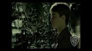 И това можем да го скрием тук, ако искаш... | Ginny & Harry