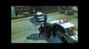 Gta 4 - Нико прегръща полицай ;d