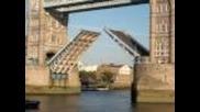 London Tower Bridge Opening