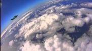 Това е вече невероятно - Wingsuit Racing - Human Flight at 140mph!