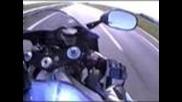 Hayabusa vs R1