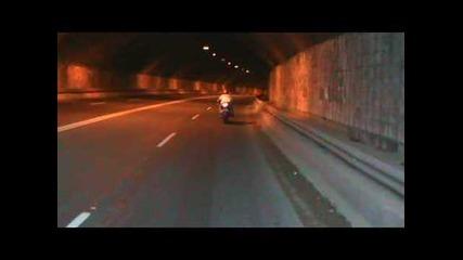 Kawasaki прави старт в туенл
