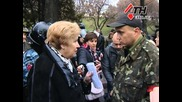 Украински националисти спират шествие на комунисти 07.11.2014