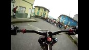 Insane Downhill Bike Street Race