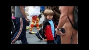 Гей парад с децата.това не е ли насилие?