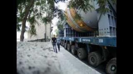 Мегатовар преминава през улиците на Бургас