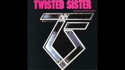 Twisted Sister-i'll Take You Alive
