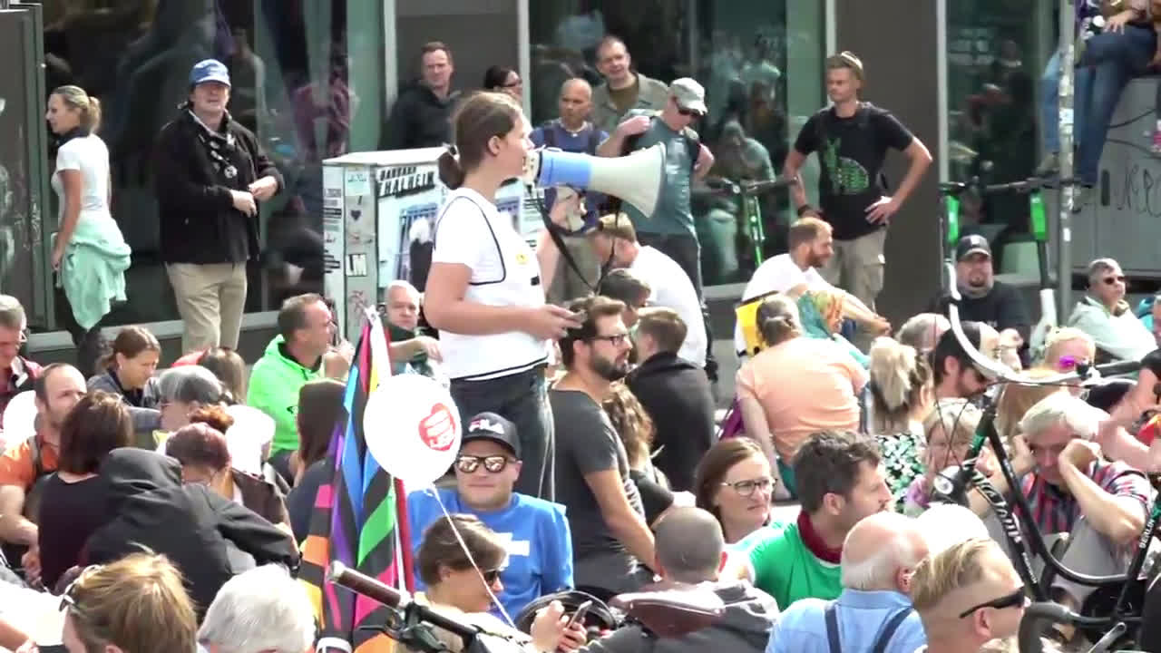 Germany: Demonstrators protesting COVID restrictions stage sit-in in central Berlin