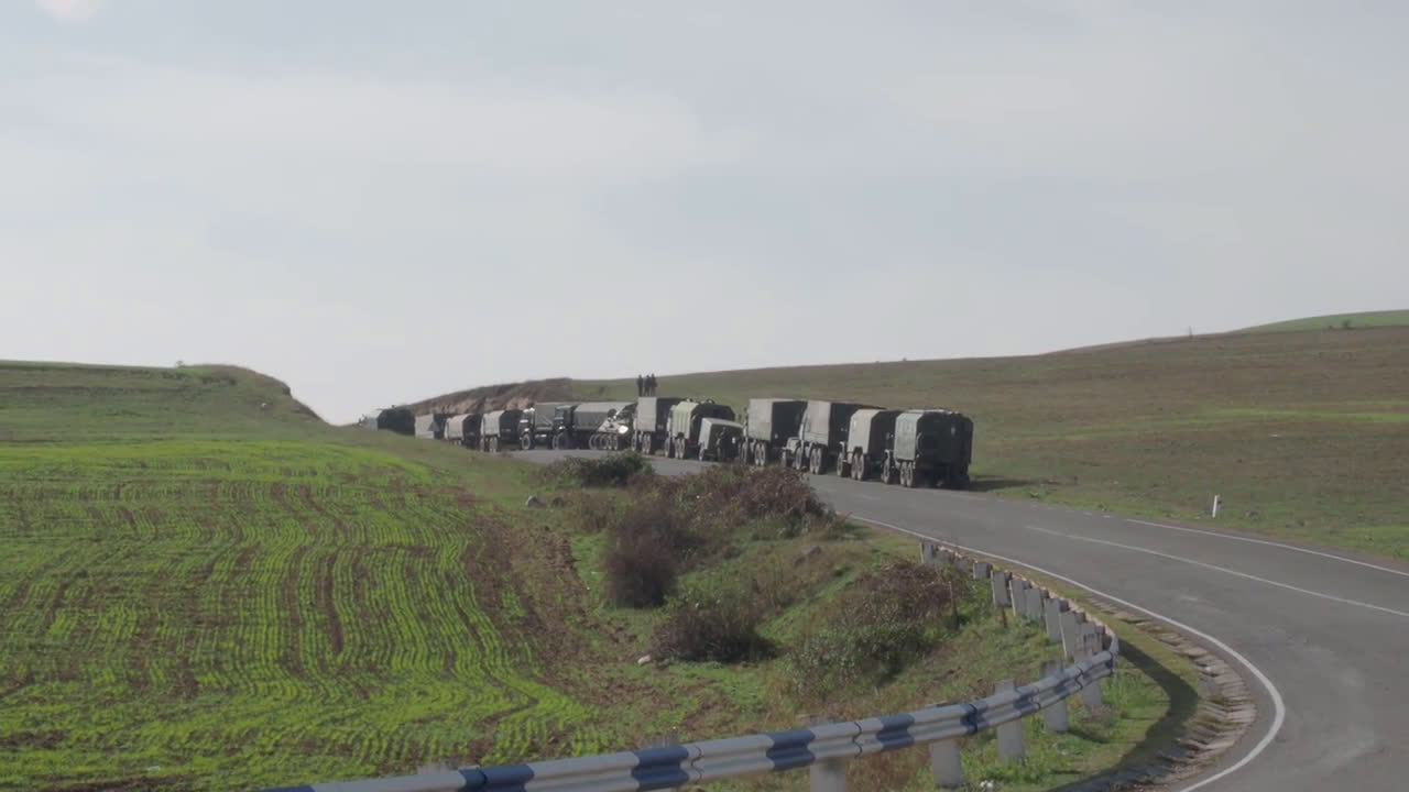 Nagorno-Karabakh: Russian peacekeepers enter disputed region through Lachin corridor