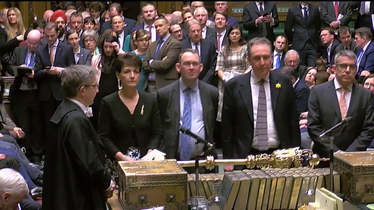 UK: Commons rejects key Brexit amendments by tightest of margins