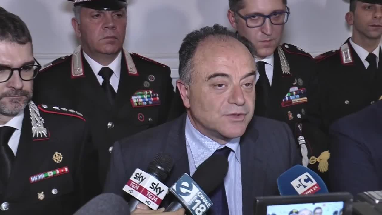 Резултат с изображение за арести в италия и германия