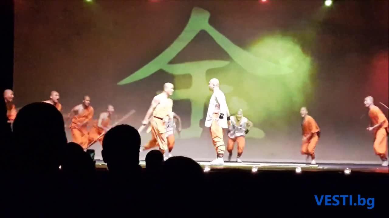 Невероятните монаси от манастира Шаолин