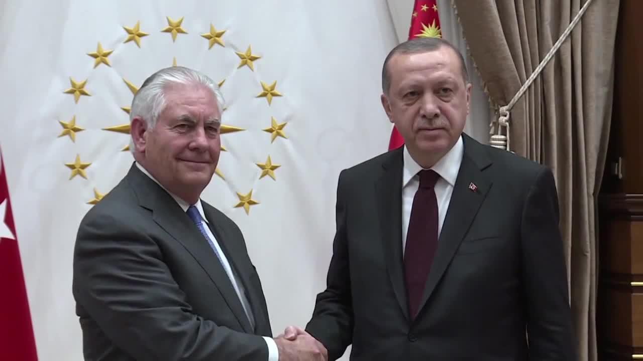 Ердоган посрещна Рекс Тилърсън в Анкара