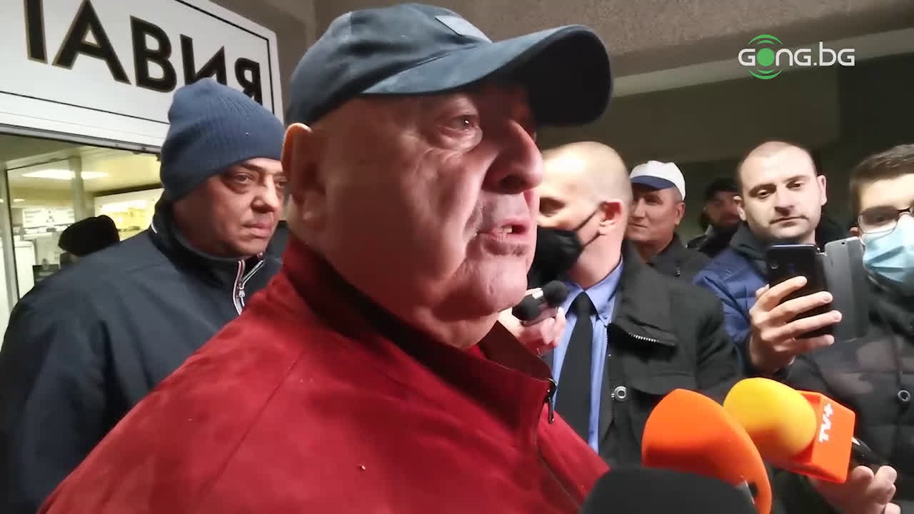 Венци Стефанов: Вандалщина! Всички трябва да се съобразяваме с феновете на Левски
