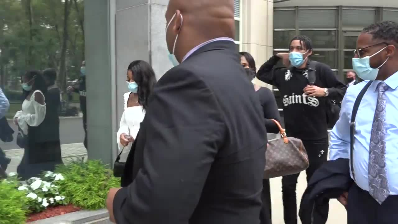 USA: Federal case against singer R. Kelly begins in New York City