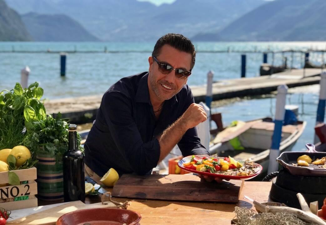 Печени сардини със салата от домати и босилек   Италиански експрес с Джино   24Kitchen Bulgaria