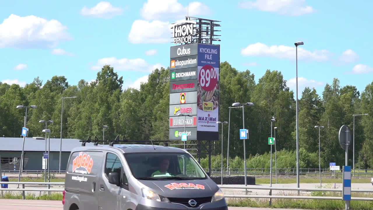 Sweden: Border town businesses suffer 95 percent drop since COVID lockdown