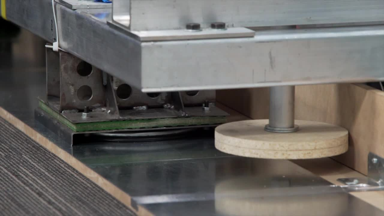 Canada: 'It's going to change how we live' - researchers demonstrate Waterloop levitation system
