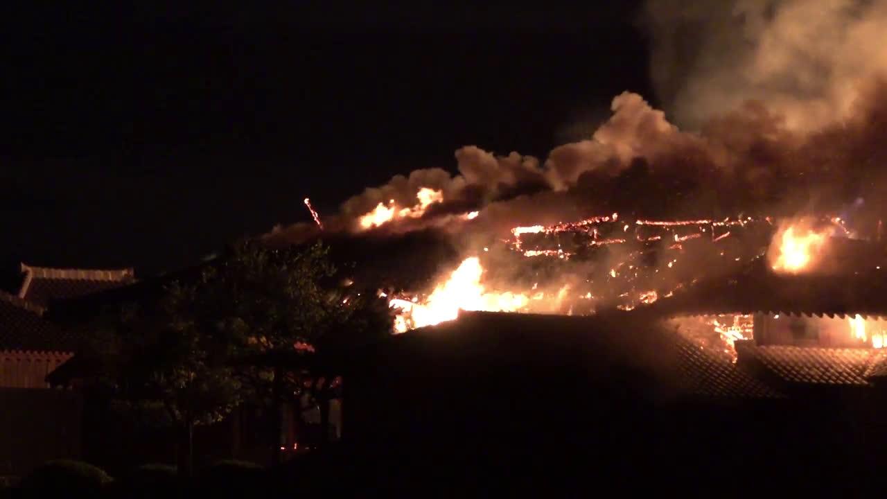 Japan: UNESCO Shuri castle in Okinawa ravaged by fire