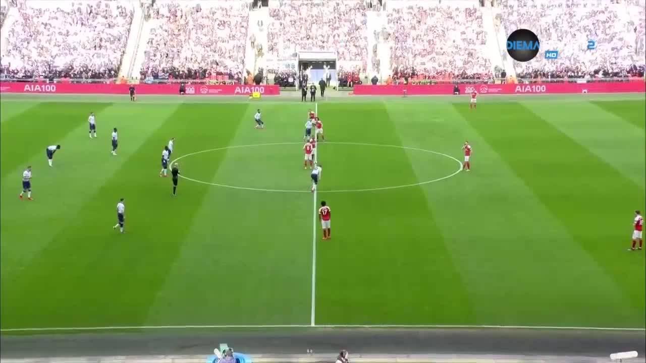 Тотнъм - Арсенал 1:1 /репортаж/