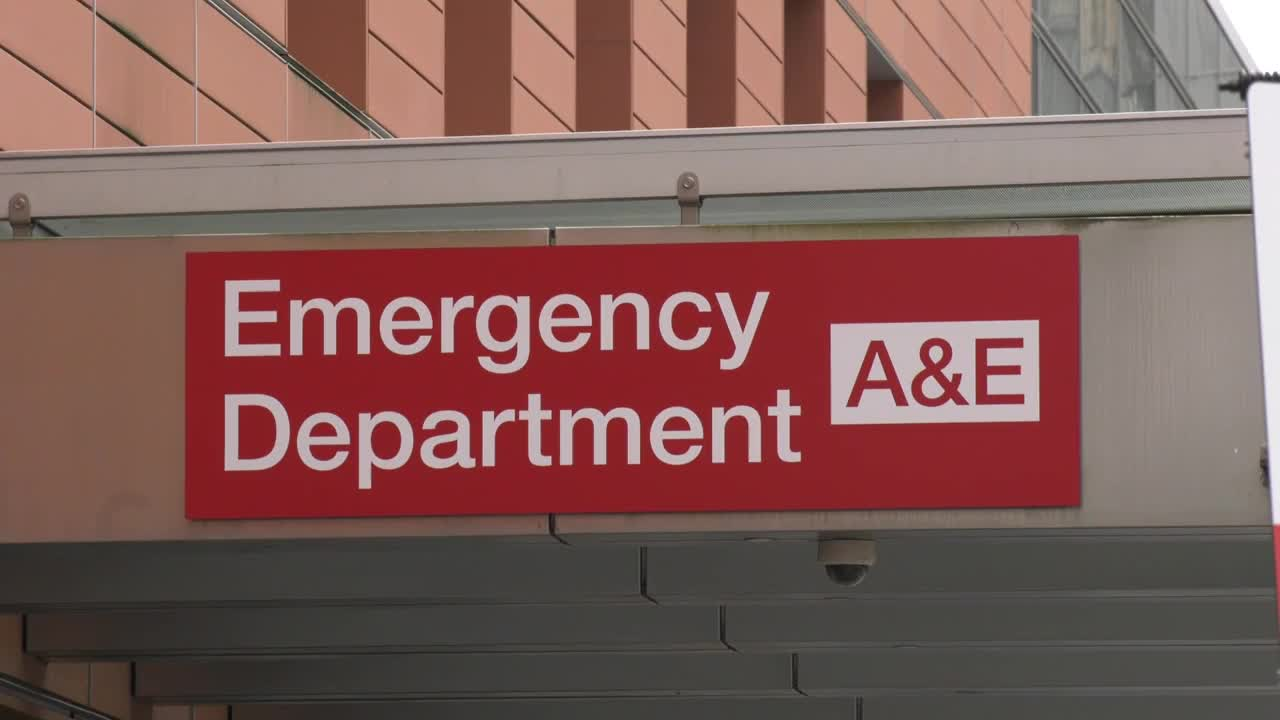 UK: 'A total mess!' Cyber-attack paralyses health facilities across the UK