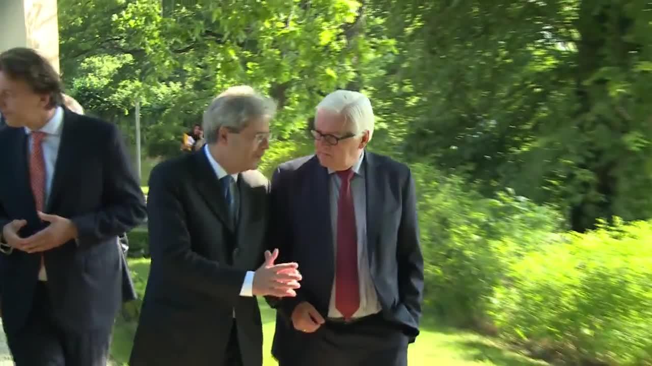 """Извънредна среща за """"Брекзит"""" в Берлин"""