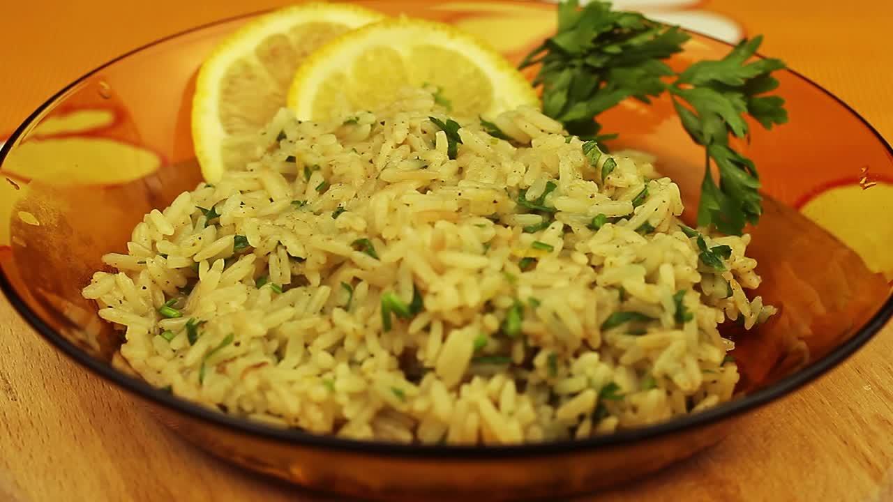 Лимонов ориз с джинджифил