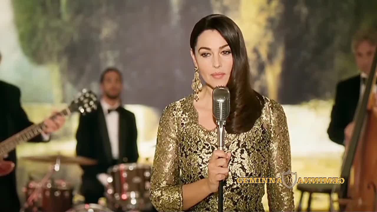 Monica Bellucci Sing Monica Bellucci Sing